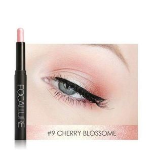 Eyeshadow pencil in cherry blossom